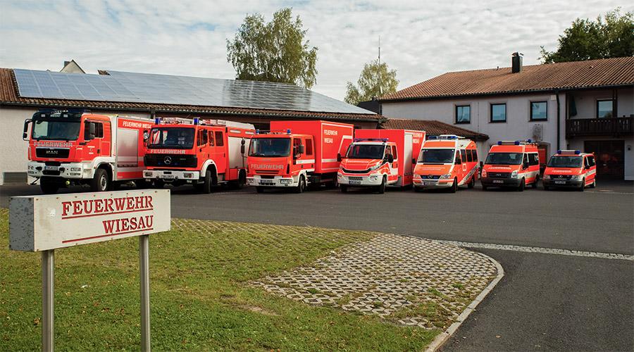 Feuerwehr-Wiesau-Fahrzeuge.jpg